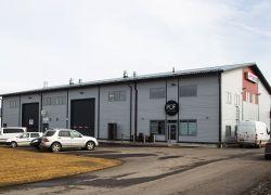Teollisuushalli 02