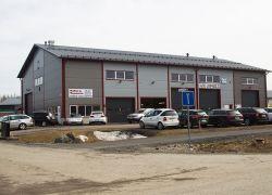 Teollisuushalli 04